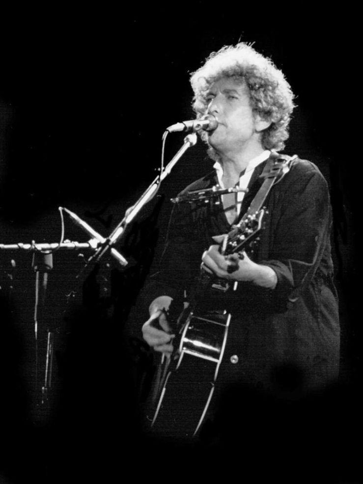 800px-Bob_Dylan_Barcelona