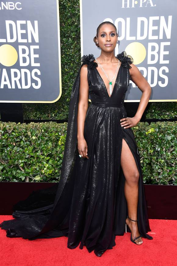 issa-rae-golden-globes-2018-red-carpet__oPt